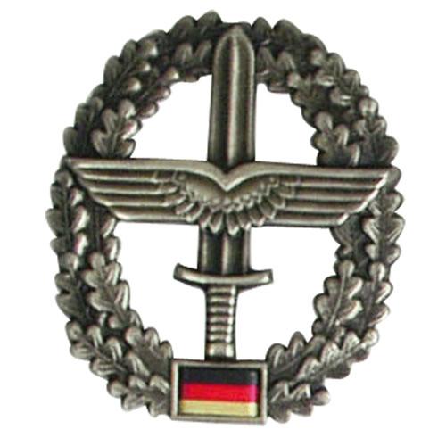 Odznak BW na baret Heeresfliegertruppe